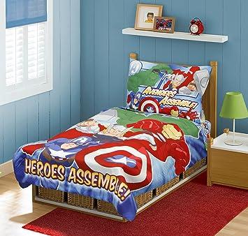 Amazon Com Marvel Avengers Heroes Assemble Toddler Bedding Set