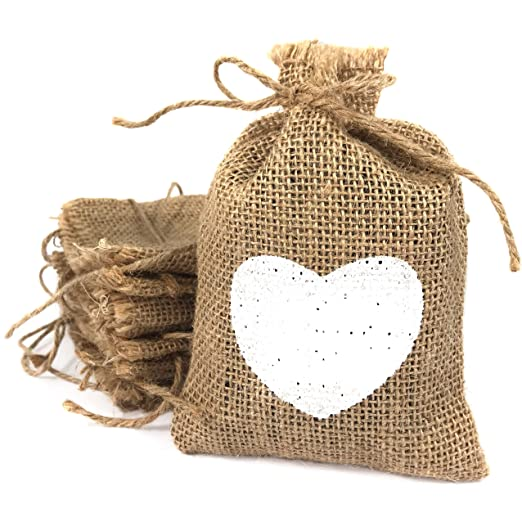 Bolsas de tela de arpillera pequeñas con corazón blanco impreso. Saquitos de yute para detalles. 20 bolsitas para bodas, bautizos, comuniones, ...