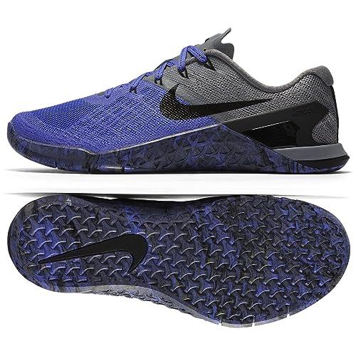 c1a5d110b41e Nike Women s Metcon 3 Training Shoe Persian Violet Black-Cool Grey 11. 0   Amazon.in  Shoes   Handbags
