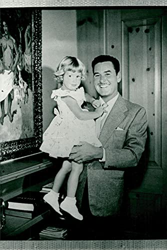 Amazon com: Vintage photo of Errol Flynn with her daughter