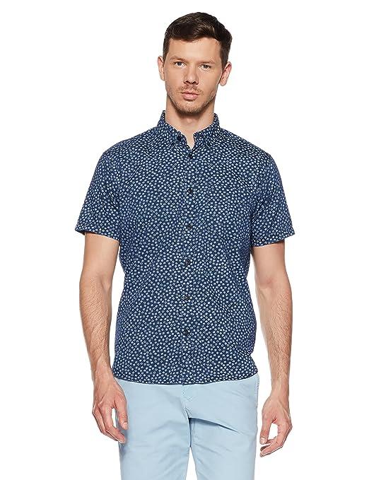 a1f1beb5595b6 GAP Men s Printed Regular Fit Casual Shirt Casual Shirts
