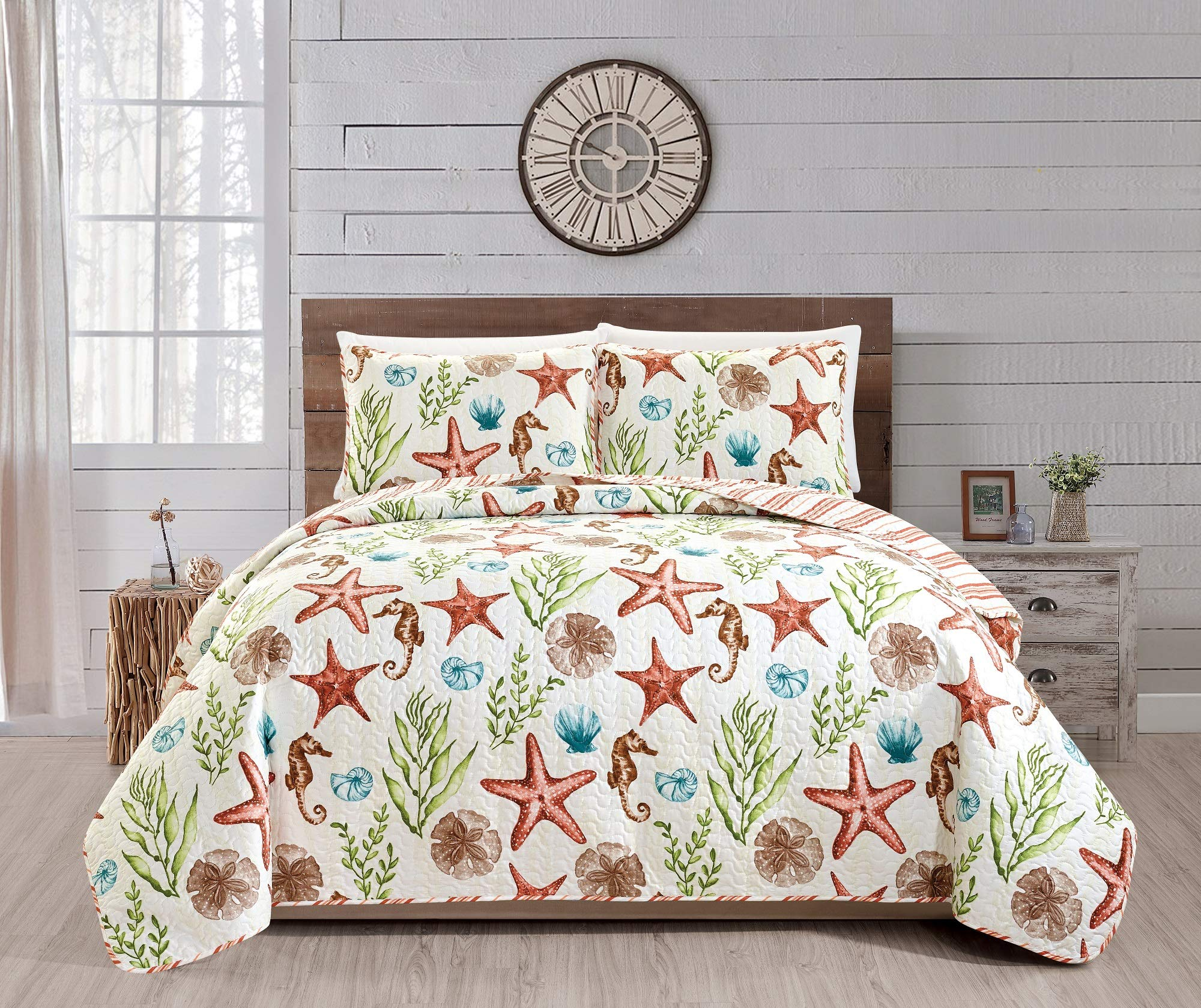 Great Bay Home Castaway Coastal Collection 3 Piece Quilt Set with Shams. Reversible Beach Theme Bedspread Coverlet. Machine Washable. (Full/Queen, Multi) by Great Bay Home (Image #3)