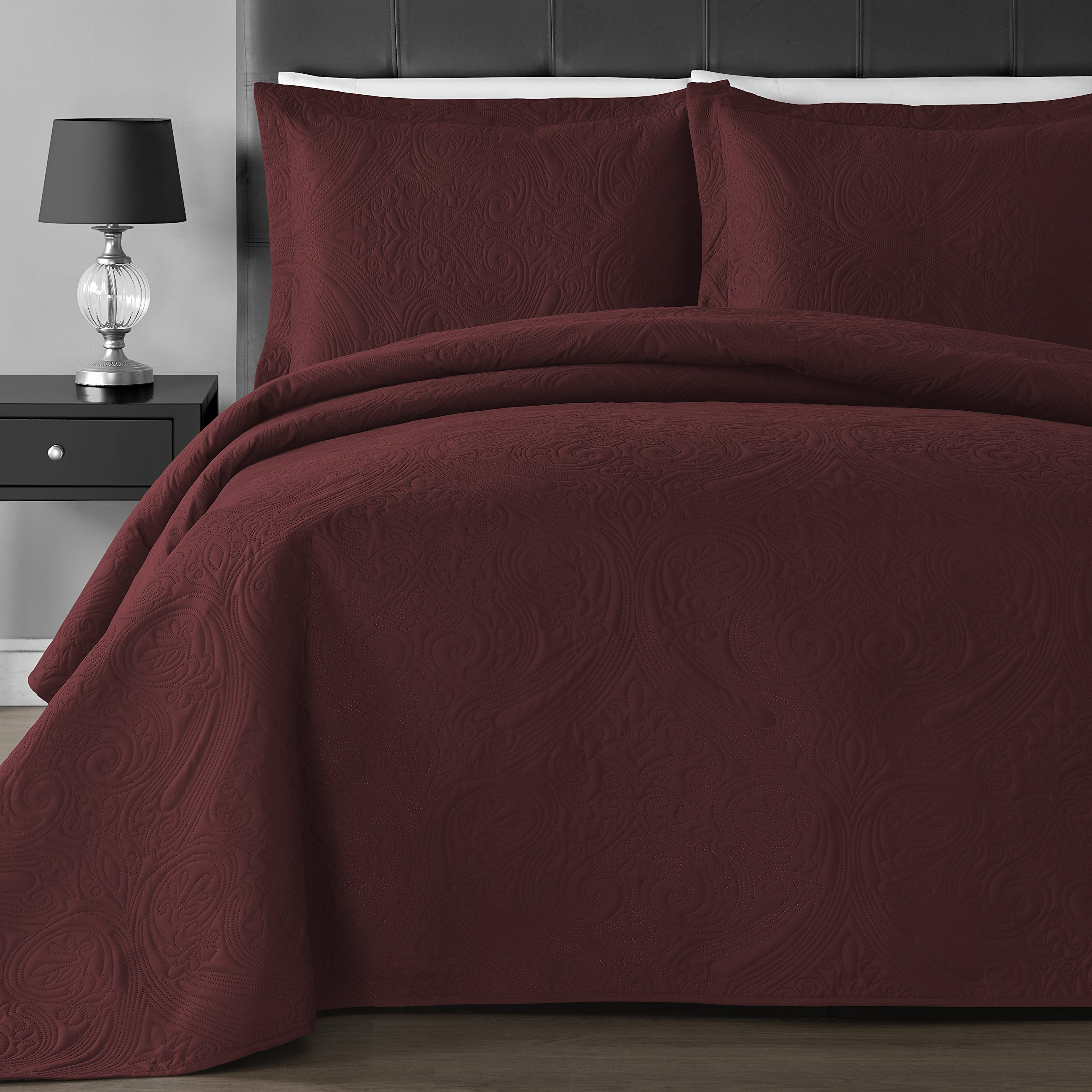 Comfy Bedding Extra Lightweight and Oversized Thermal Pressing Floral 3-piece Coverlet Set (King/Cal King, Burgundy)