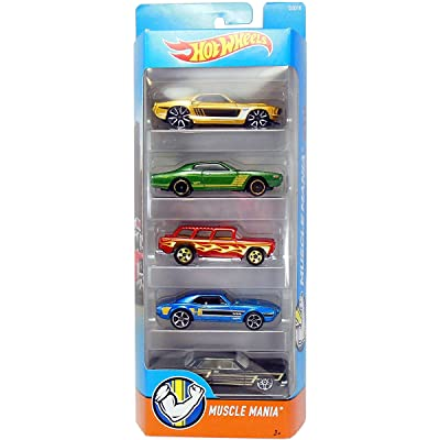 Hot Wheels 2016 Muscle Mania 5-Pack: Toys & Games