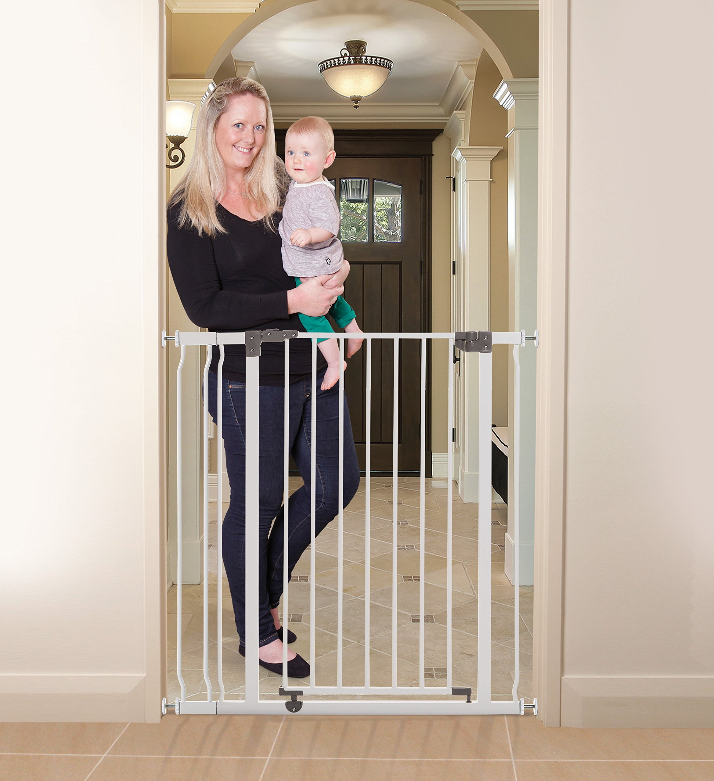 Dreambaby Liberty Tall Auto Close Security Gate w/ 3.5'' Extension by Dreambaby (Image #1)