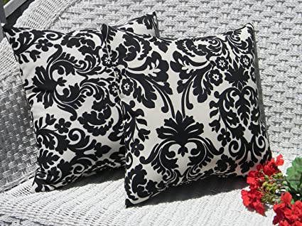 Amazon Com Set Of 2 Throw Pillows 20 Black Ivory Damask Scroll