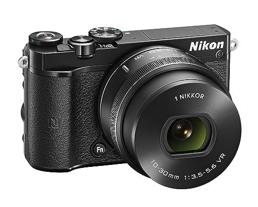 14 opinioni per Nikon 1 J5 + 1 Nikkor 10-30 mm VR PD-ZOOM Fotocamera digitale ad ottiche