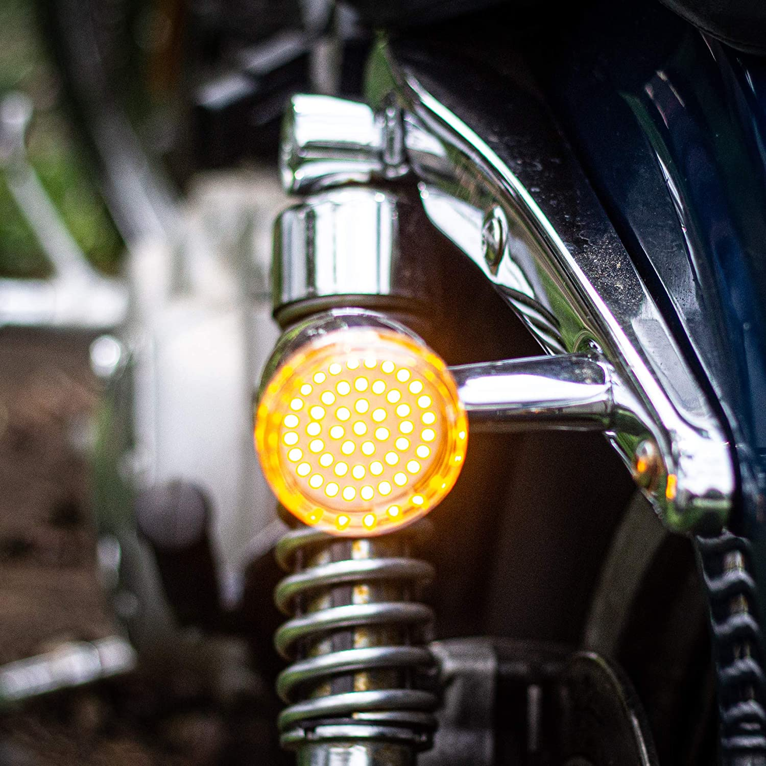 B07CT4T2N6 Eagle Lights LED Generation II Turn Signals with White Running Lights (Front (1157) and Rear Amber (1156) LED Turn Signal Kit, Add Smoked Lenses) for Harley Davidson 71QlTcmhlYL
