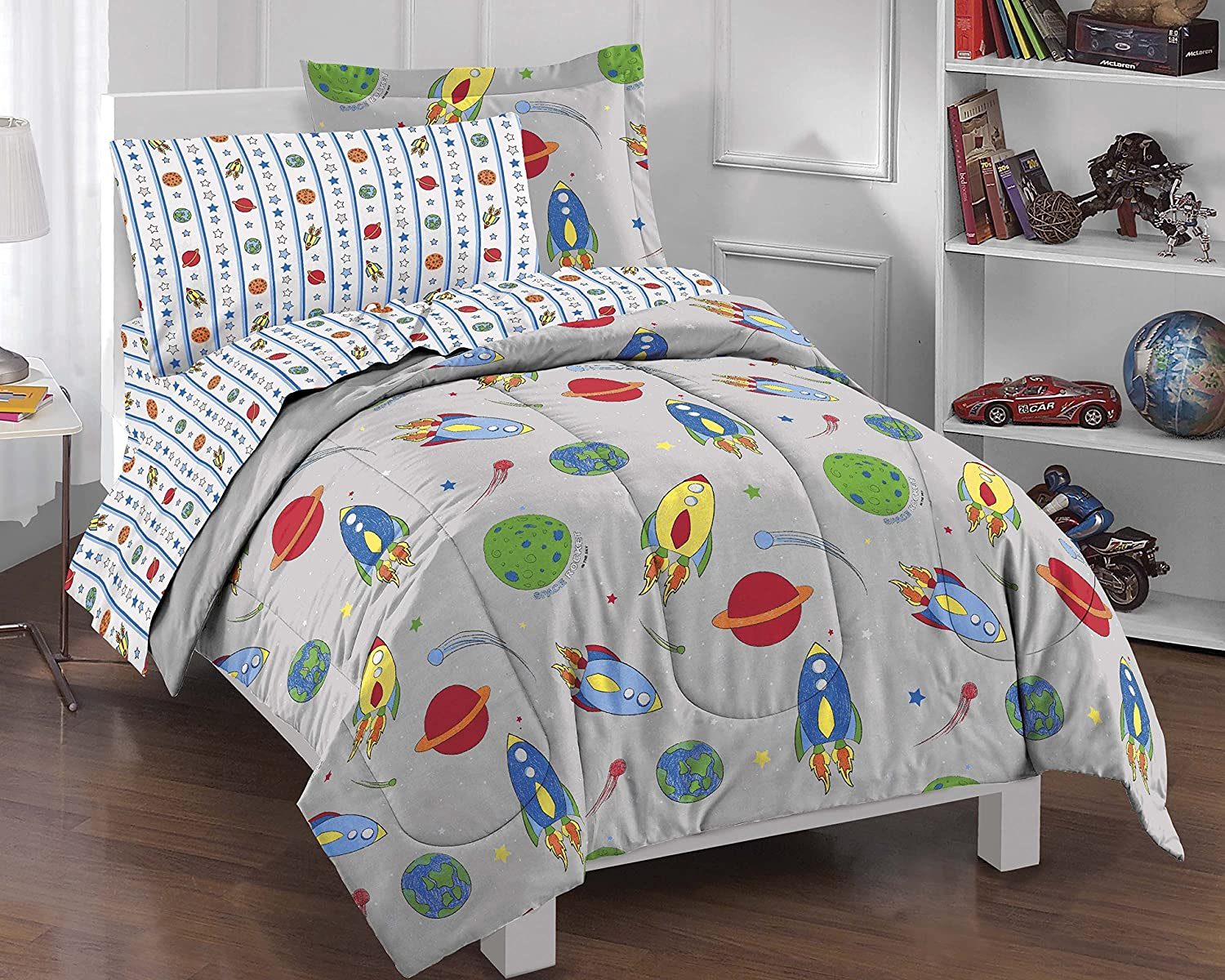 Dream Factory Space Rocket Ultra Soft Microfiber Comforter Set, Multi-Colored