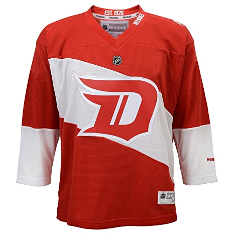 813e9ad6a3aa Amazon.com   Outerstuff NHL Detroit Red Wings Boys 4-7 Replica ...