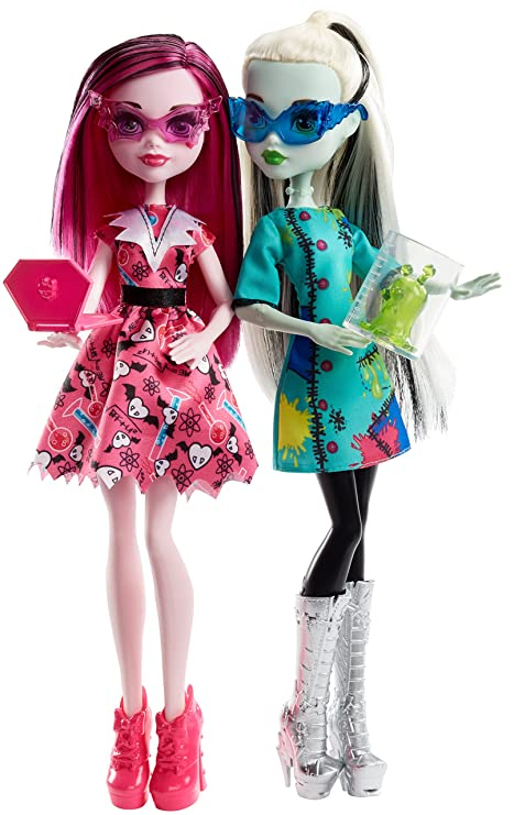 Amazon Monster High Science Class 2 Pack Fashion Doll Playset