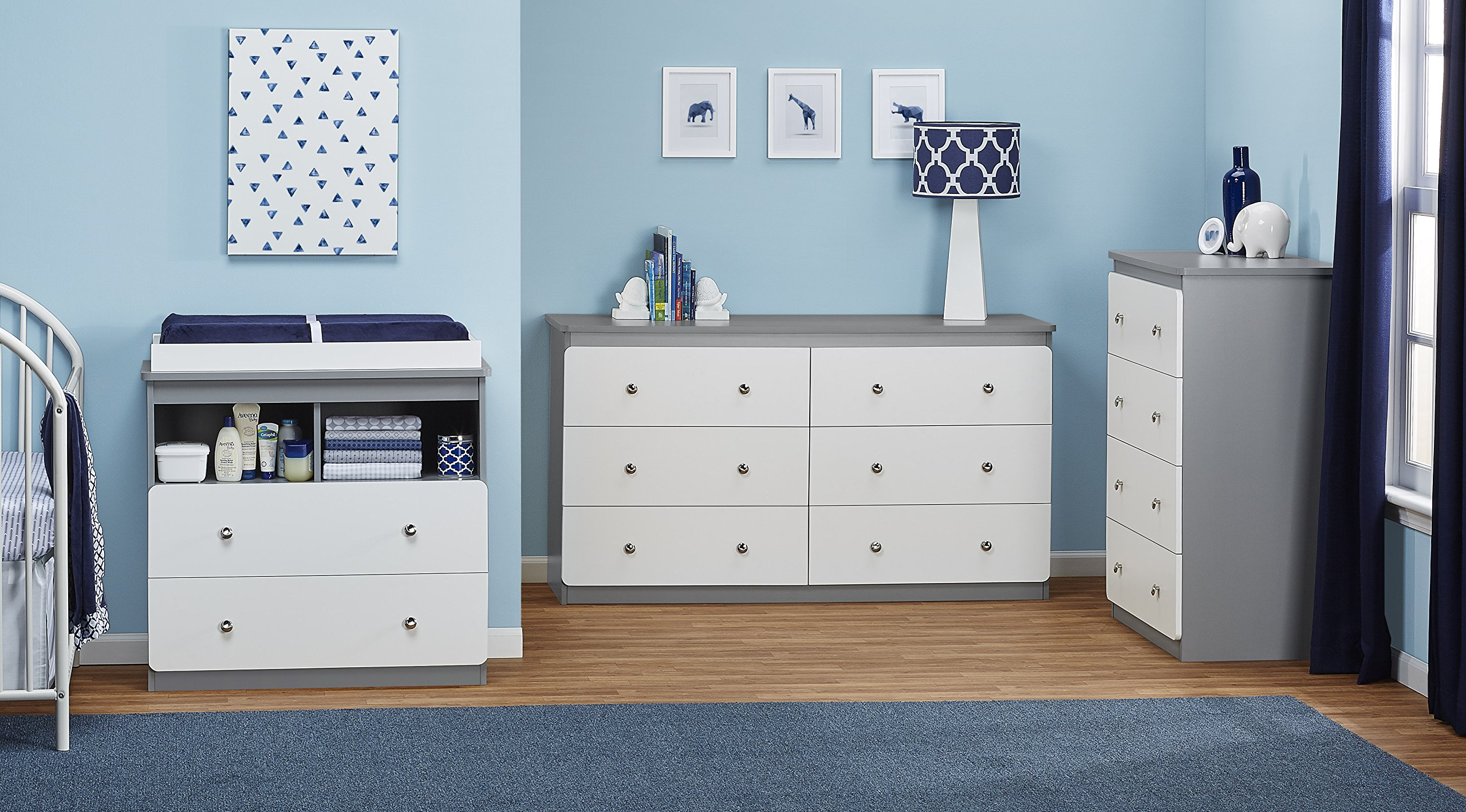 Ameriwood Home Willow Lake 4 Drawer Dresser, Gray