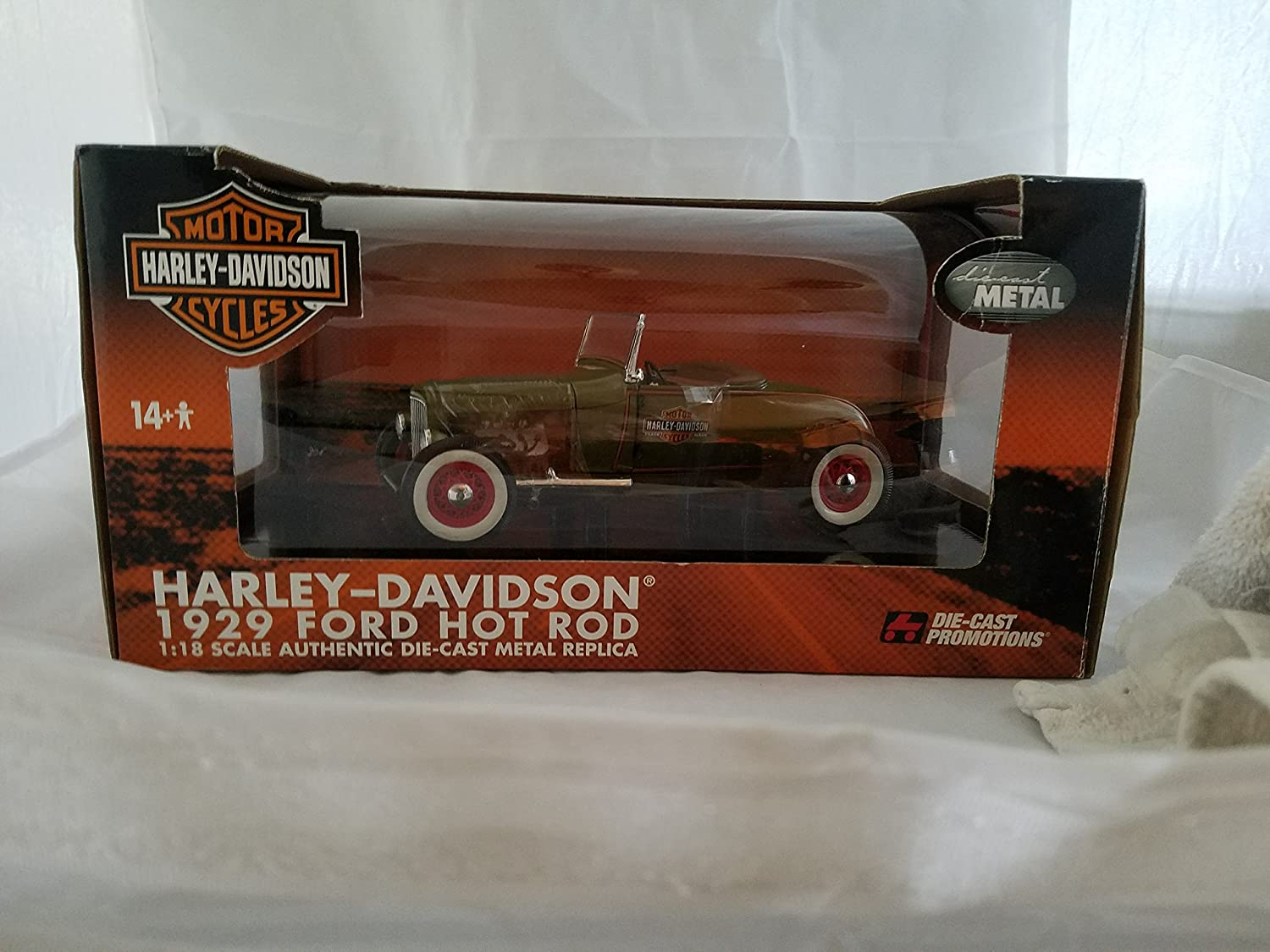 Amazon.com: 1929 Ford Hot Rod Harley Davidson 1/18 Diecast: Toys & Games