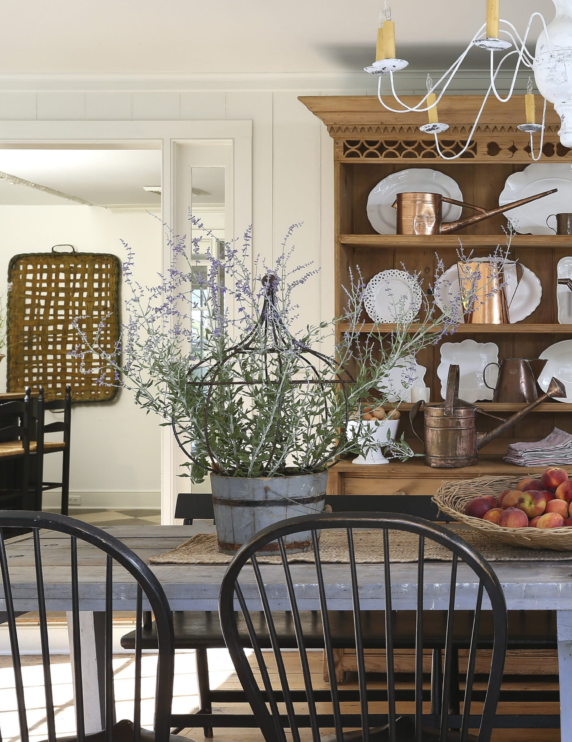 Nora Murphy dining room with beautiful classic decor and country style. #diningroom #countrydiningroom #noramurphy #farmhousestyle #farmhousediningroom #rusticdecor