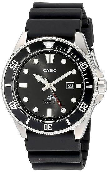cffeb019cfe7 Amazon.com  Casio Men s MDV106-1AV 200M Duro Analog Watch