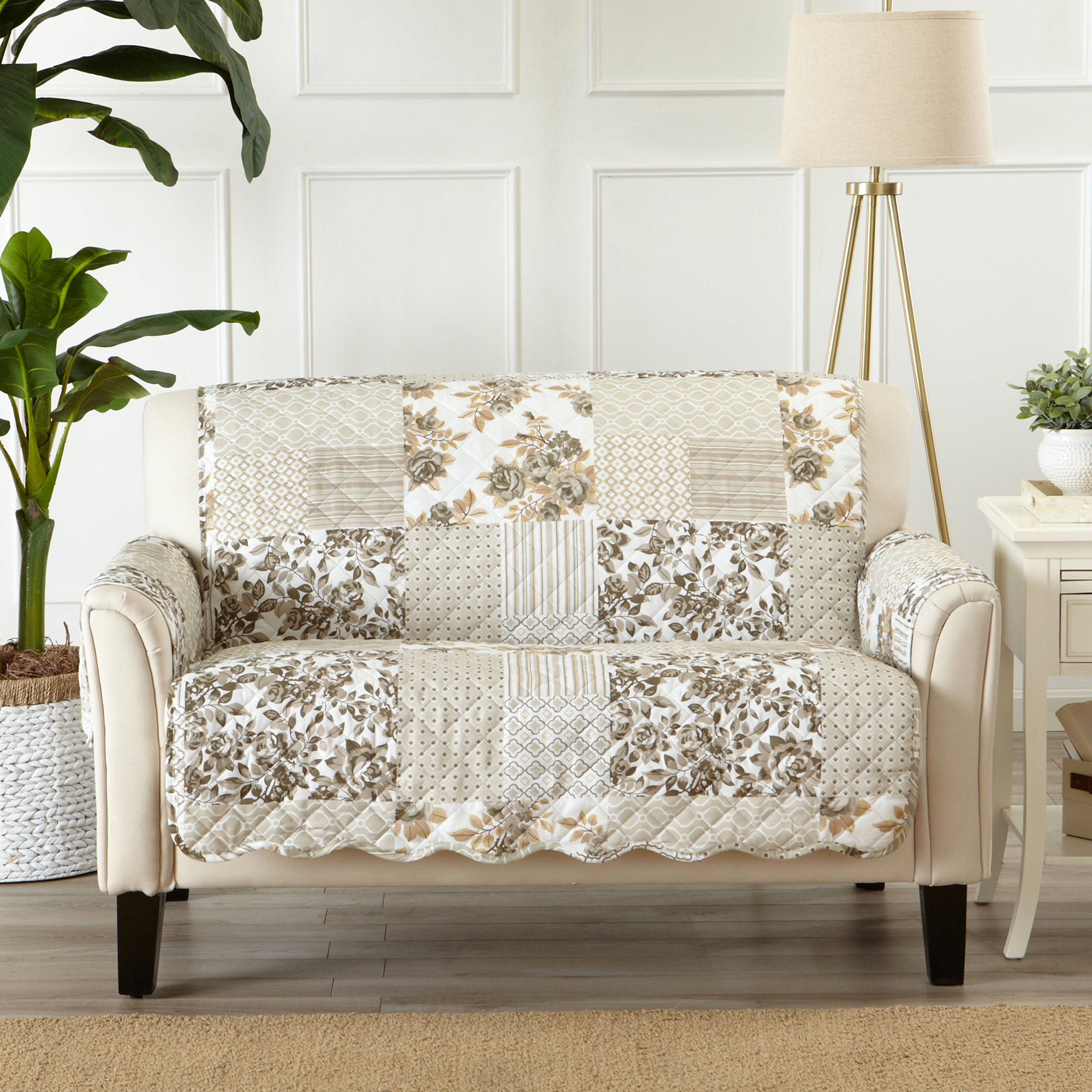 Great Bay Home Patchwork Scalloped Stain Resistant Printed Furniture Protector. By Brand. (Loveseat, Taupe)