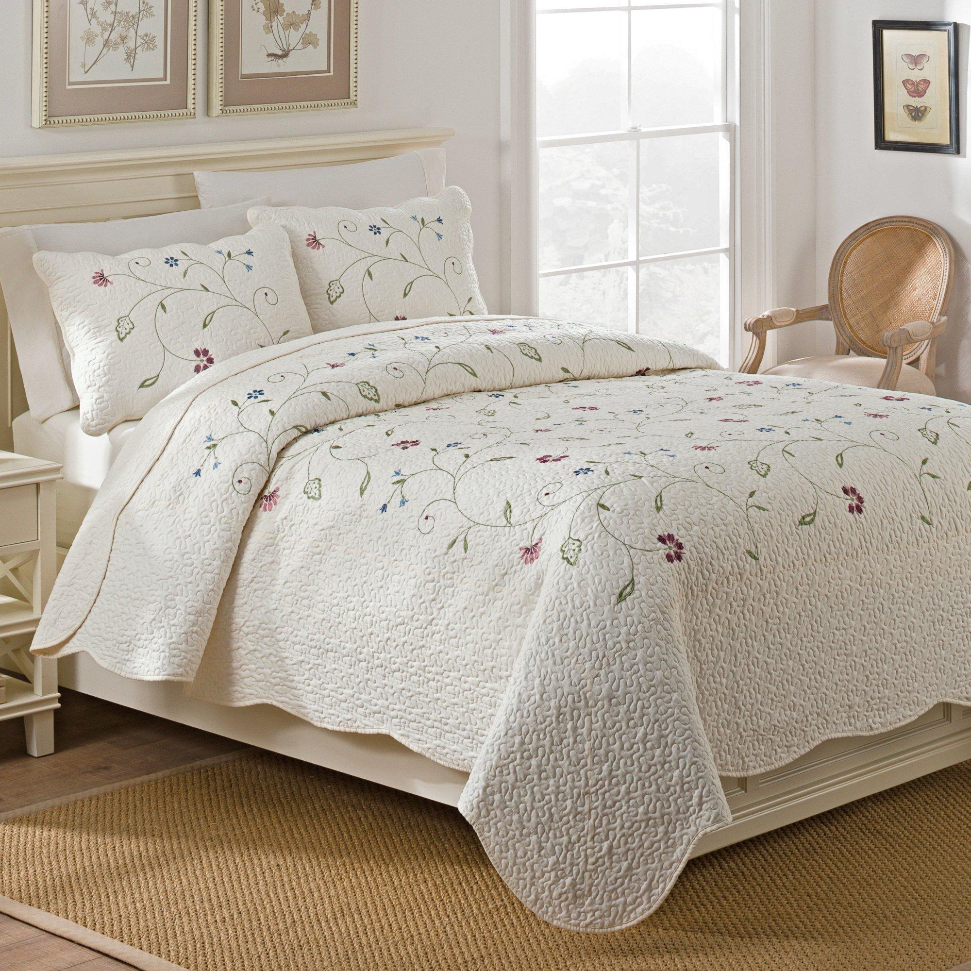 WestPoint Home Sophia Quilt Set, Full/Queen, Ivory, 3 Piece