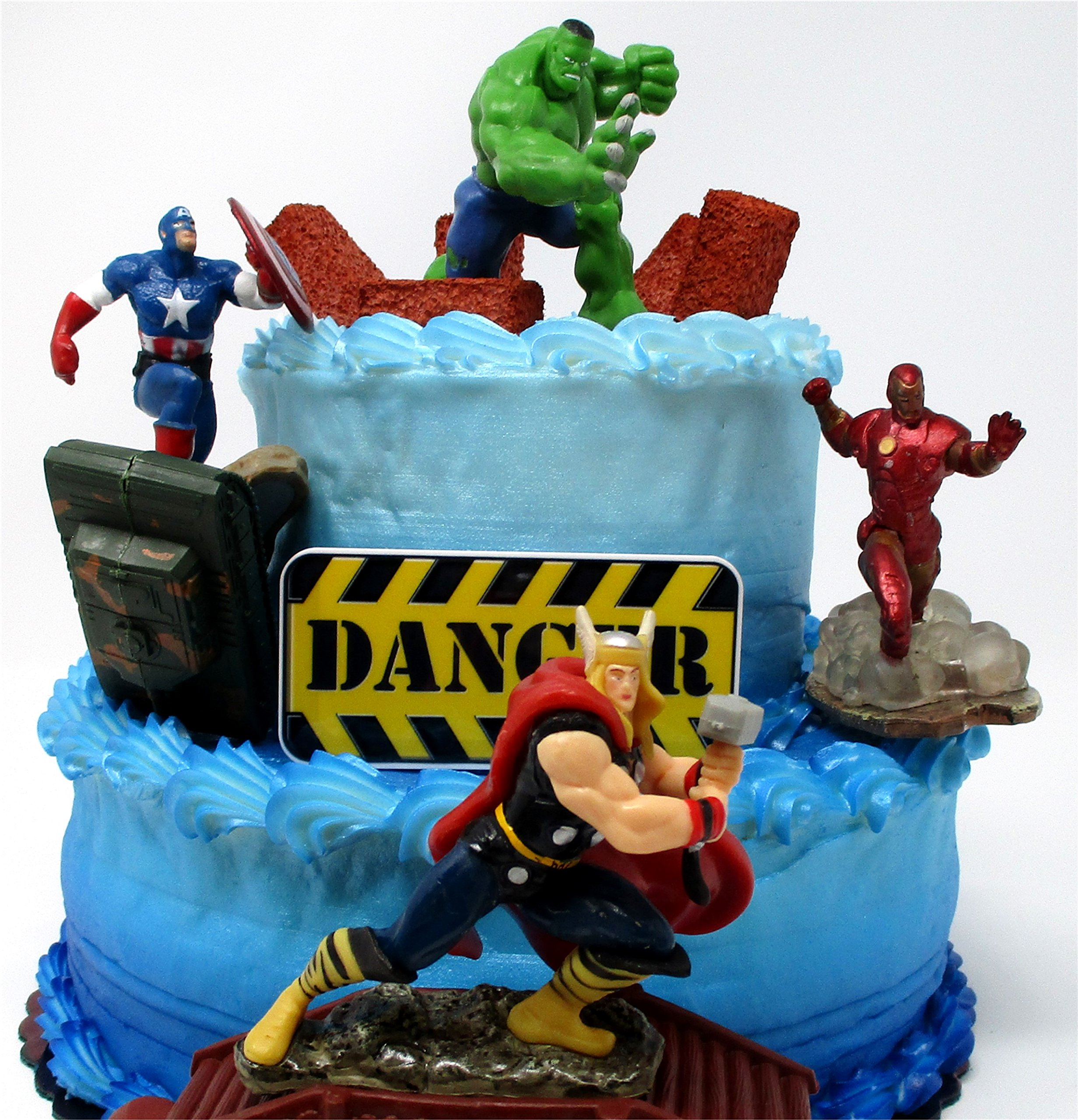 AVENGERS Deluxe Super Hero Birthday Cake Topper Set Featuring Avenger Figures and Decorative Themed Accessories by Cake Toppers (Image #2)