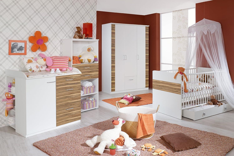 rauch PACK'S Babyzimmer Tiana 4-teilig alpinweiß/walnussfarben (Ausführung: mit Bettseiten)