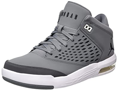 sports shoes 4b91b f570c Jordan Nike Men's Flight Origin 4 Basketball Shoe