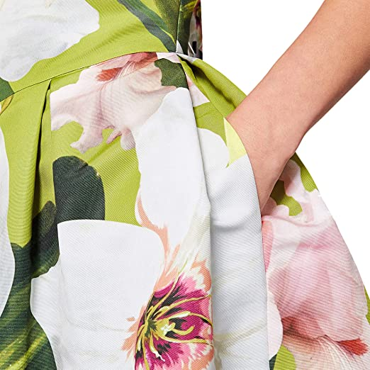 64f82c0b8cbd Amazon.com  Ted Baker Light Green Lynetta Chatsworth Bloom Skater Dress   Clothing