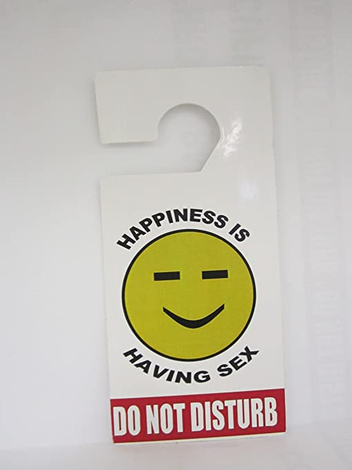 Amazon.com: Colgador para puerta Do Not Disturb Happiness is ...