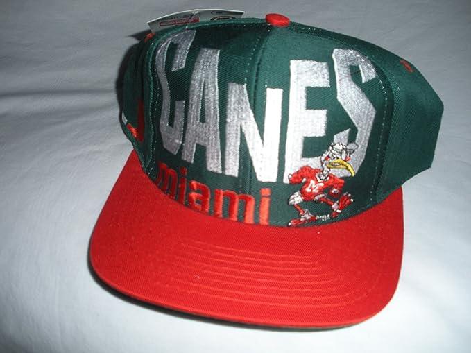 cf7a0da91d1e Amazon.com : Miami Hurricanes Vintage Snapback Hat : Sports Fan ...