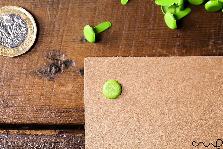 100x carta verde brillante chiusura blu copiglie legame ufficio Craft 13mm lungo JM