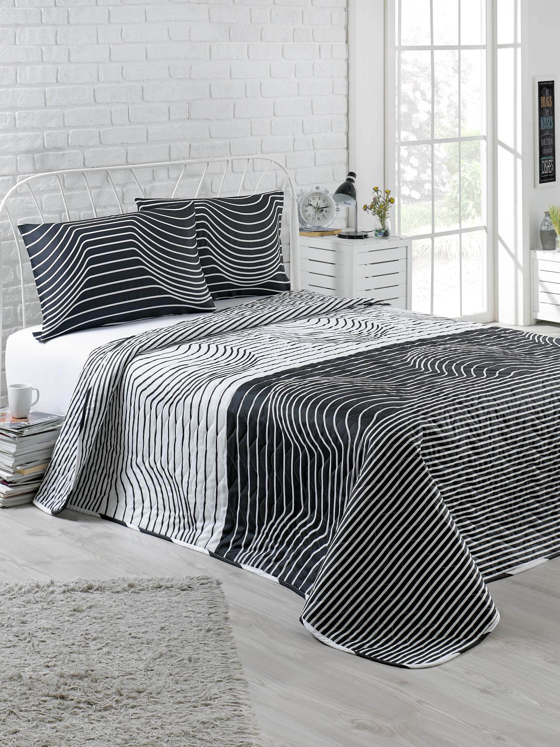Hypnoses Black and White Bedding, Full/Queen Size Bedspread/Coverlet Set, Kids Bedroom, 3 PCS, by DecoMood