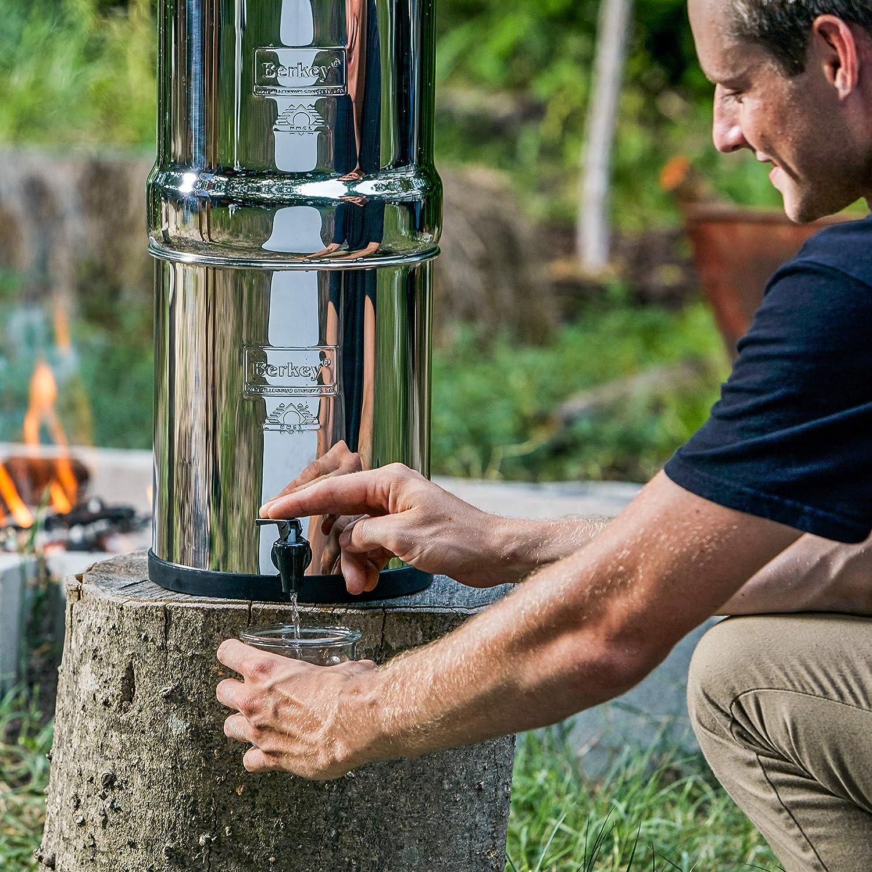 Imperial Berkey filtre /à eau avec 2//él/éments de purificateurs Noir Syst/ème de filtration britannique ~ Best gravit/é des filtres /à eau