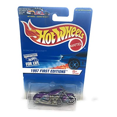 Hot Wheels 1997 First Editions Scorchin Scooter: Toys & Games