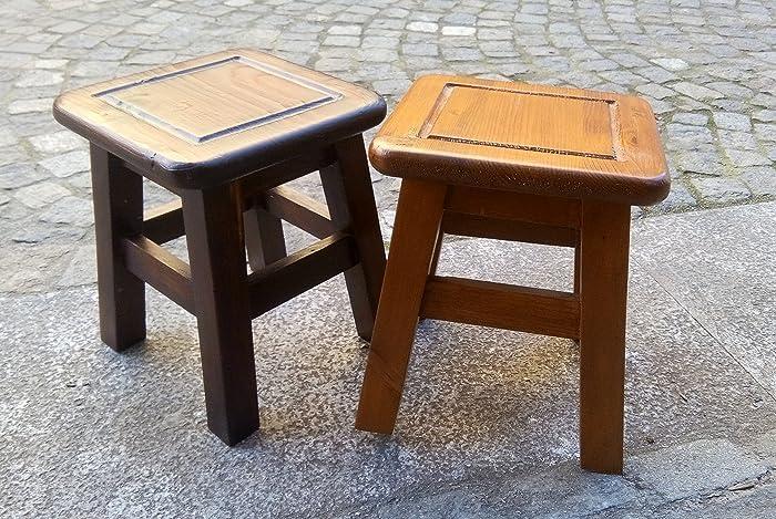 Sgabelli in legno a forma quadrata color Noce Scuro e Noce Chiaro ...