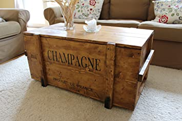 Uncle Joes 75759 Truhe Couchtisch Holzkiste Champagne Vintage