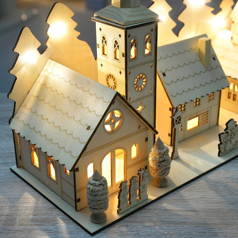 con Illuminazione a LED Chiesa del Villaggio 35 cm 12 luci Bianco Caldo WeRChristmas Decorazione Natalizia in Legno Intagliato