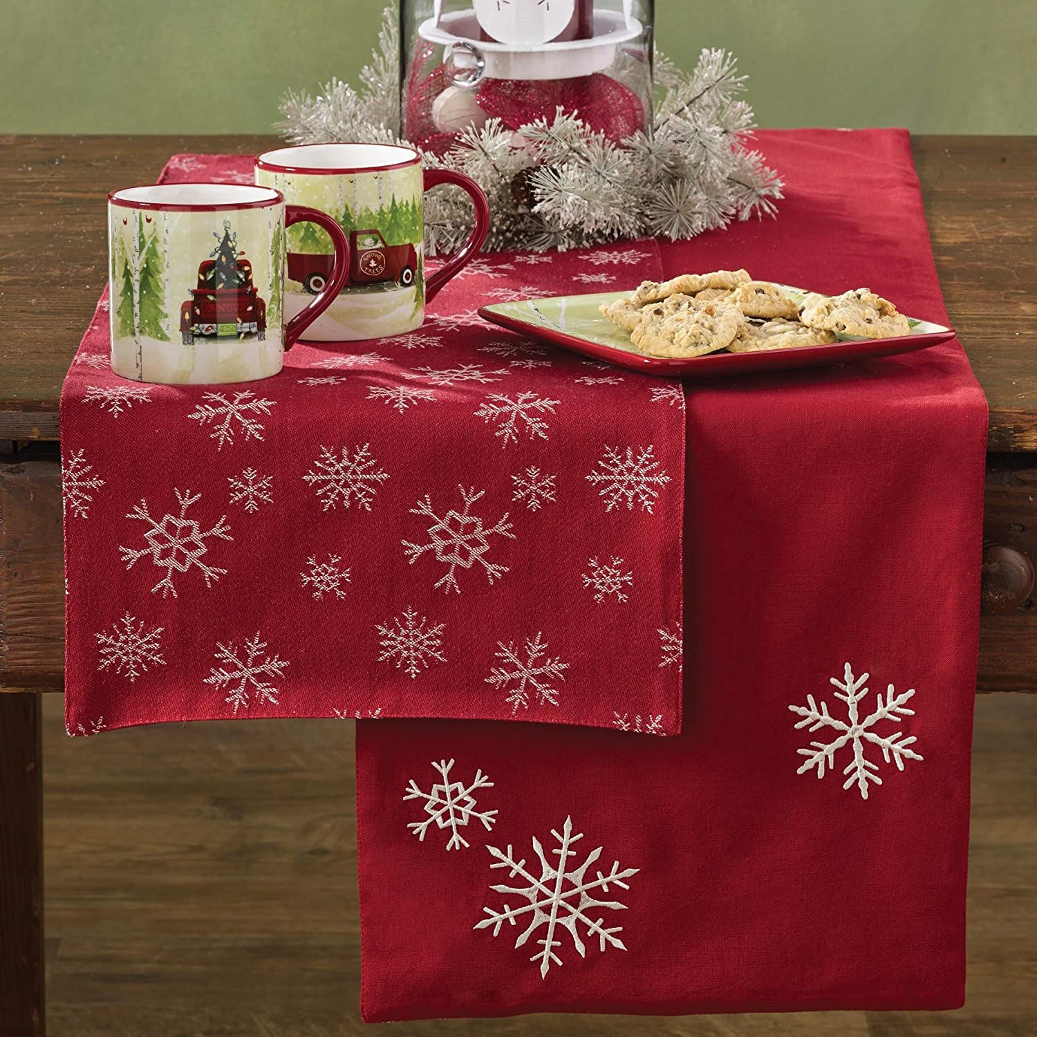 White Snowfall Reversible Red Table Runner | ChristmasTablescapeDecor.com