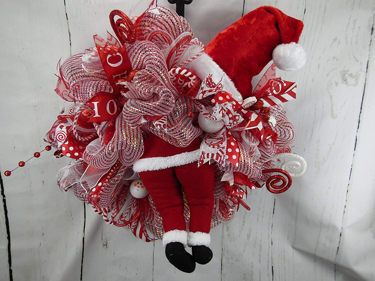 Red And White Christmas Wreath.Amazon Com Santa Wreath Santa Christmas Wreath Santa Butt