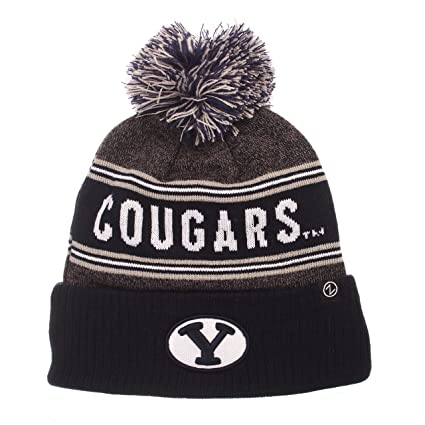 fb112114212 Amazon.com   ZHATS NCAA BYU Cougars Men s End Zone Knit Beanie