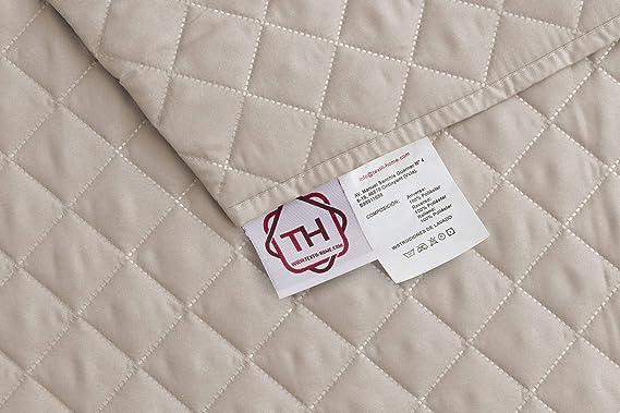 textil-home Funda Cubre Sofá Chaise Longue Malu, Protector para Sofás Acolchado Brazo Derecho. Tamaño -240cm. Color Beige (Visto DE Frente)