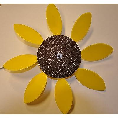 Beloit Plastics, LLC Full Bloom Spinning Daisy, Sunflower (x6 case), Flower Spinners, Wind Spinners, Colored Lawn Decoration, Garden and Patio Decor : Garden & Outdoor