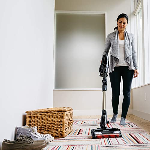 DuoClean Technology Gets Your Carpets and Hard Floors Equally Clean