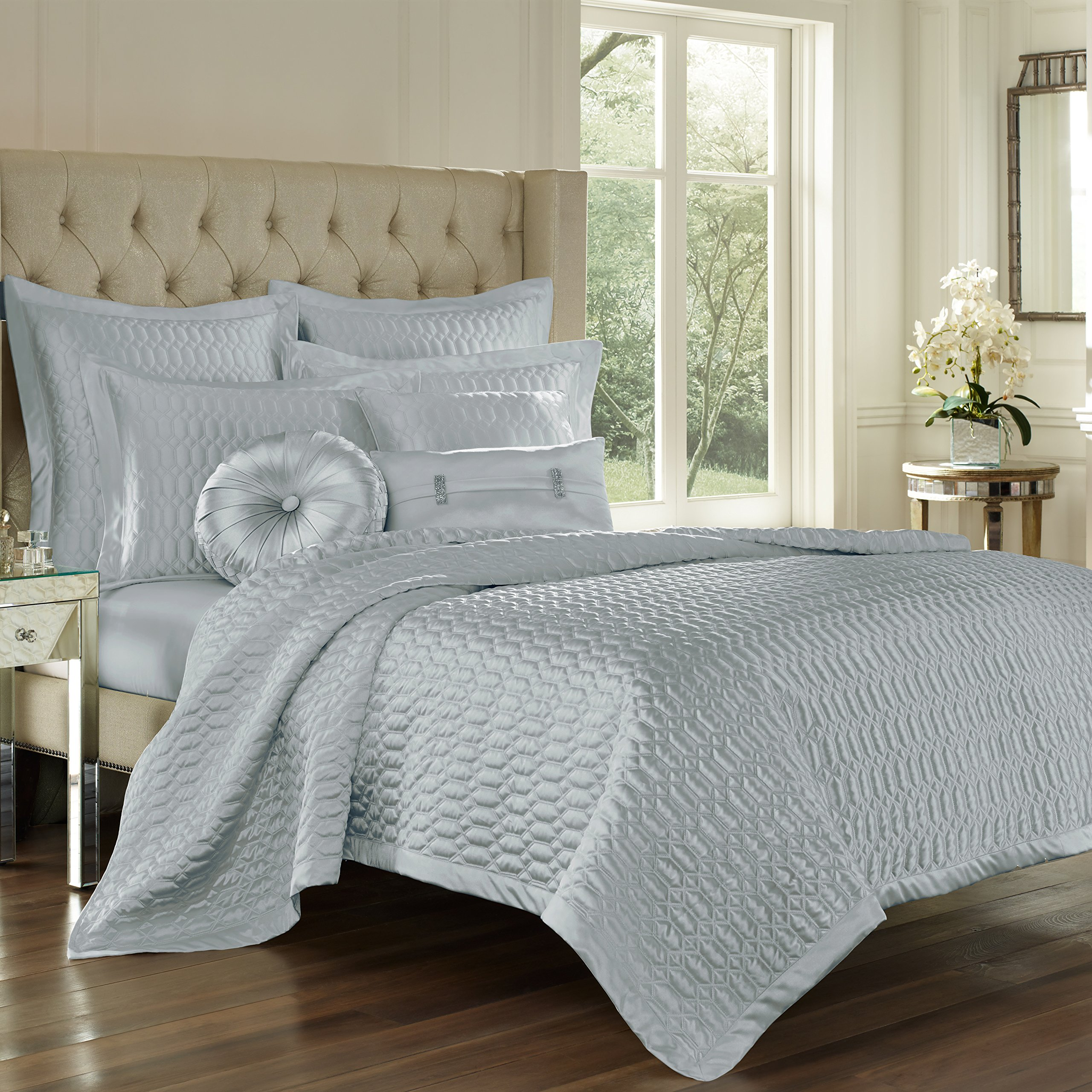 Five Queens Court Saranda Satin Geometric Quilted Coverlet King, Spa