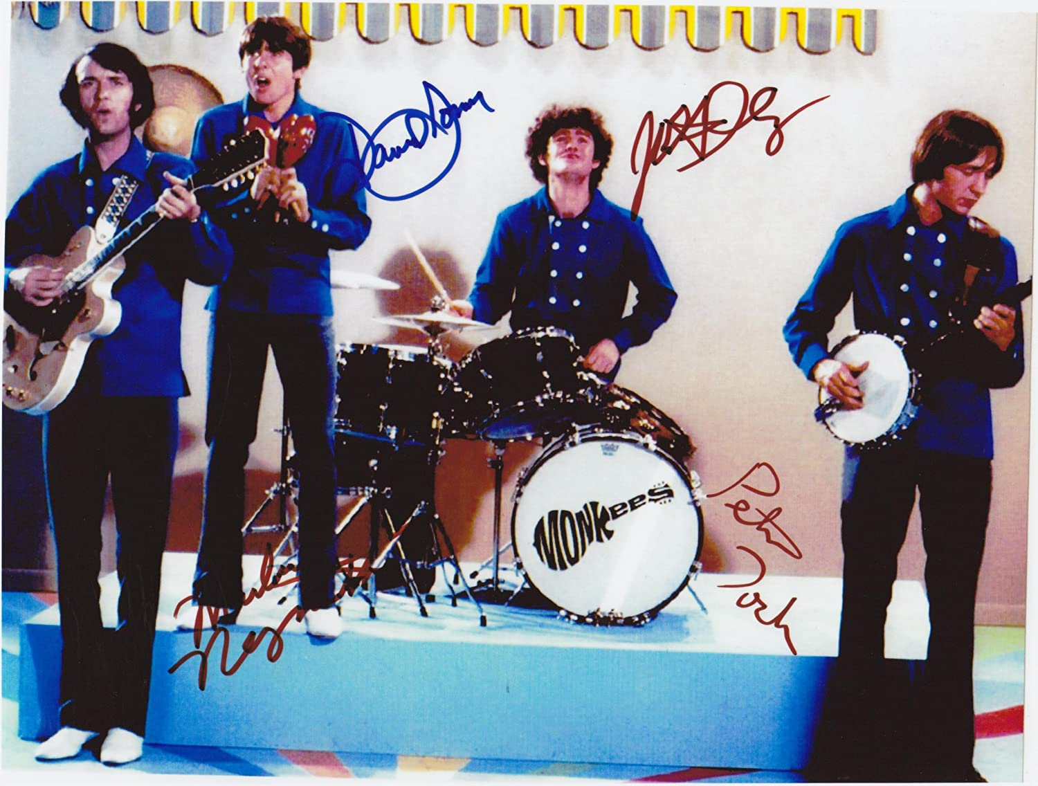 The Monkees 8 X 10 Photo Autograph on Glossy Photo Paper