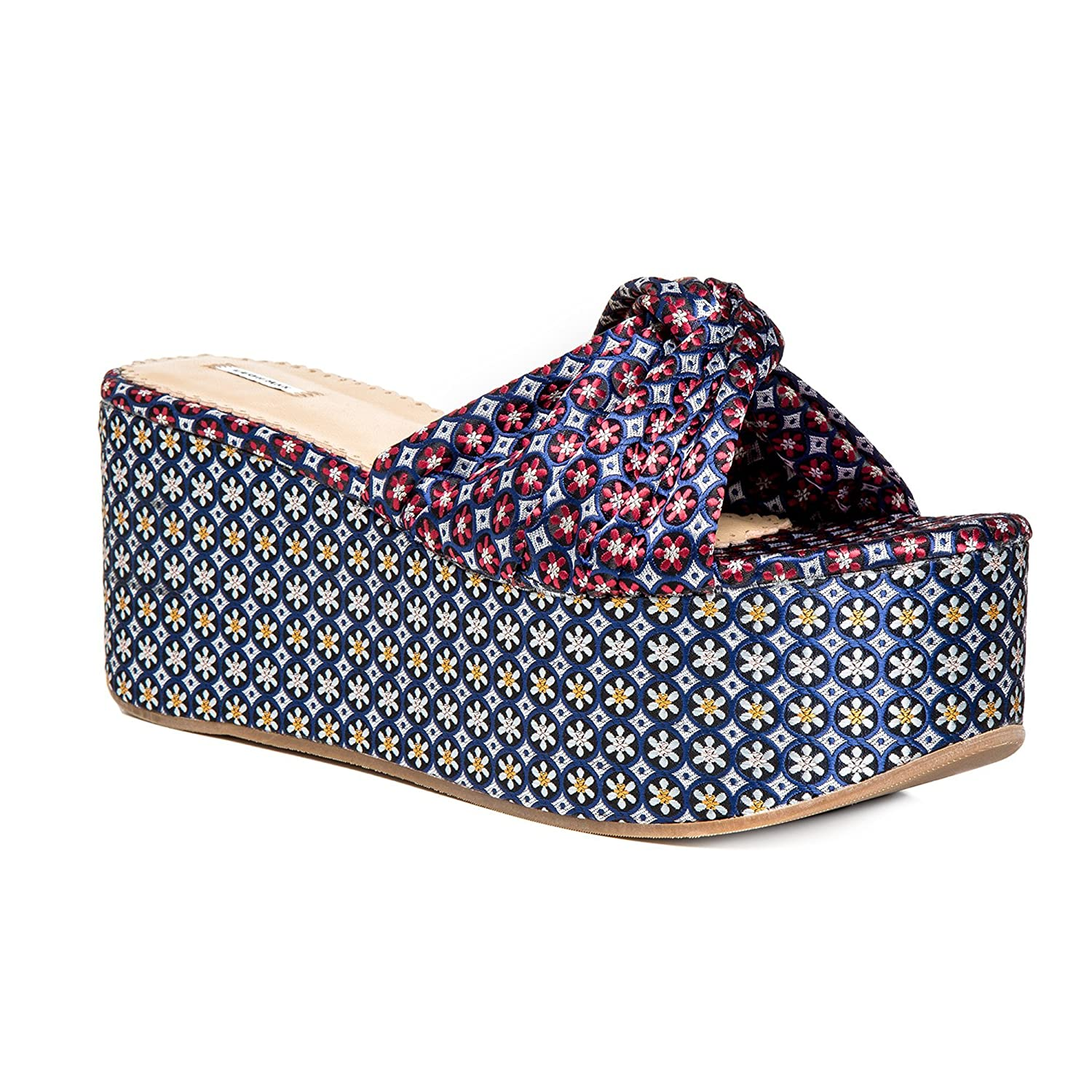 Divert : Jacquard Platform Slip-On Sandals B07CMHC5RT 7.5|Navy / Red