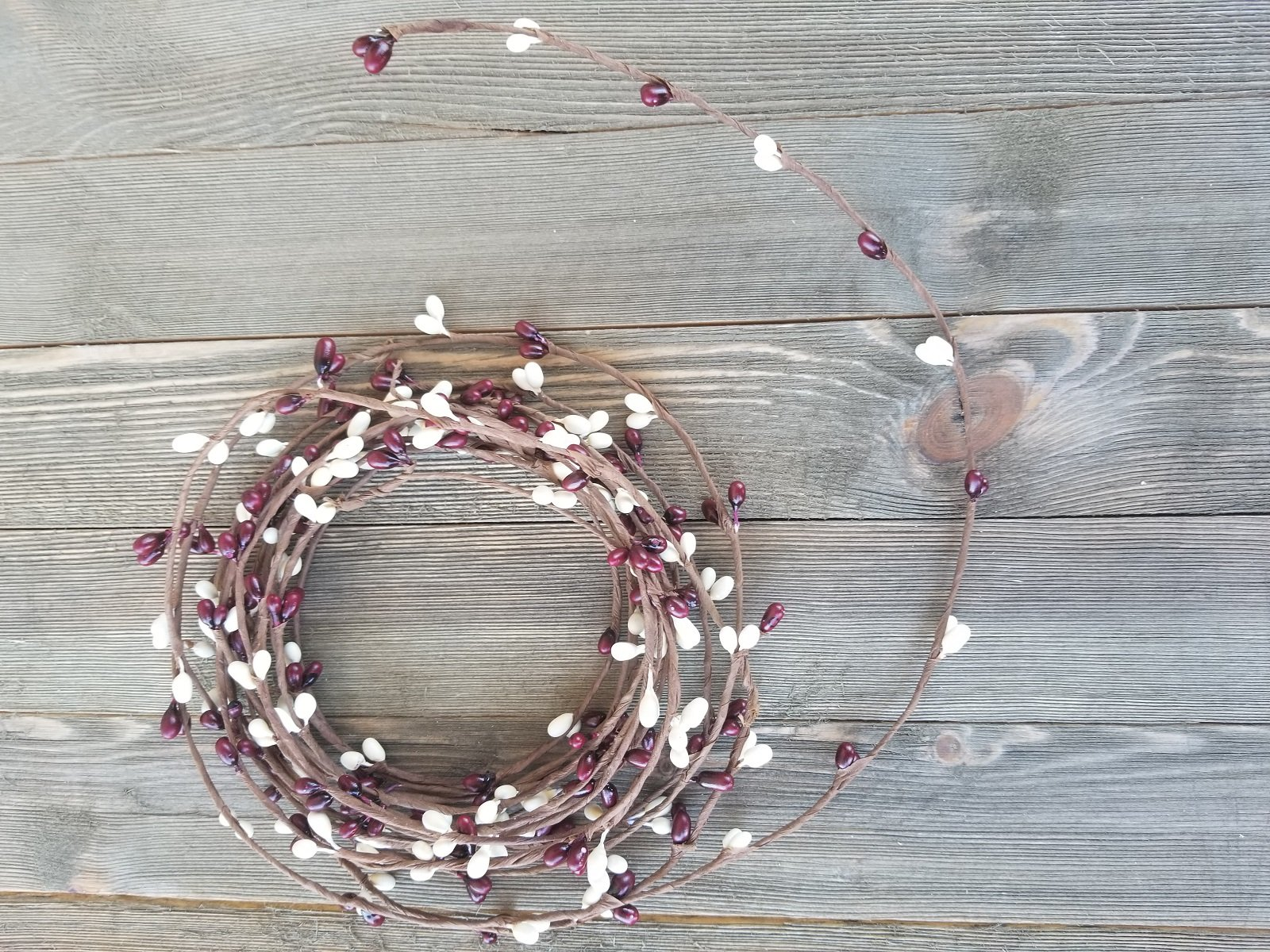 Burgundy & Cream Pip Berry Single Ply Garland 18' Country Primitive Floral Craft Decor - 3 Strands of 6' Garland that Can Be Utilized Separately or Twisted together to Equal 18 Feet Of String Garland