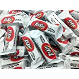 KitKat White Miniatures Crisp Wafers 'n Cream, Snack Size (Pack of 2 Pounds)