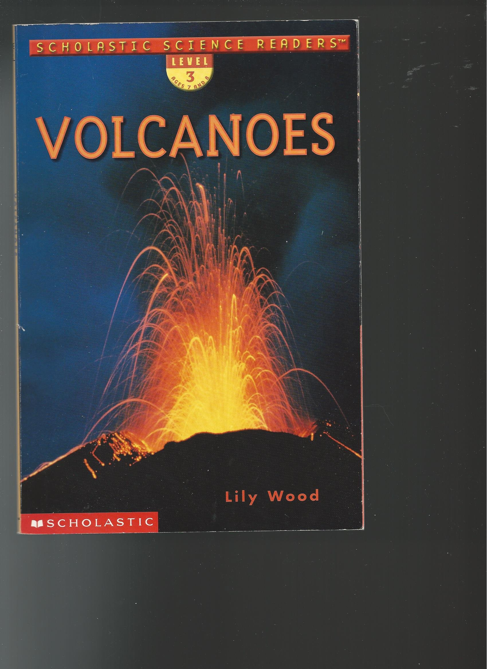 Read Online Volcanoes (Scholastic Science Readers) pdf