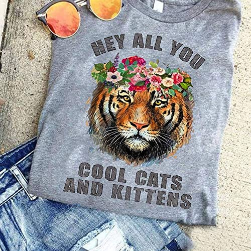 Amazon Com Hey All You Cool Cats And Kittens Shirt Carole Did It