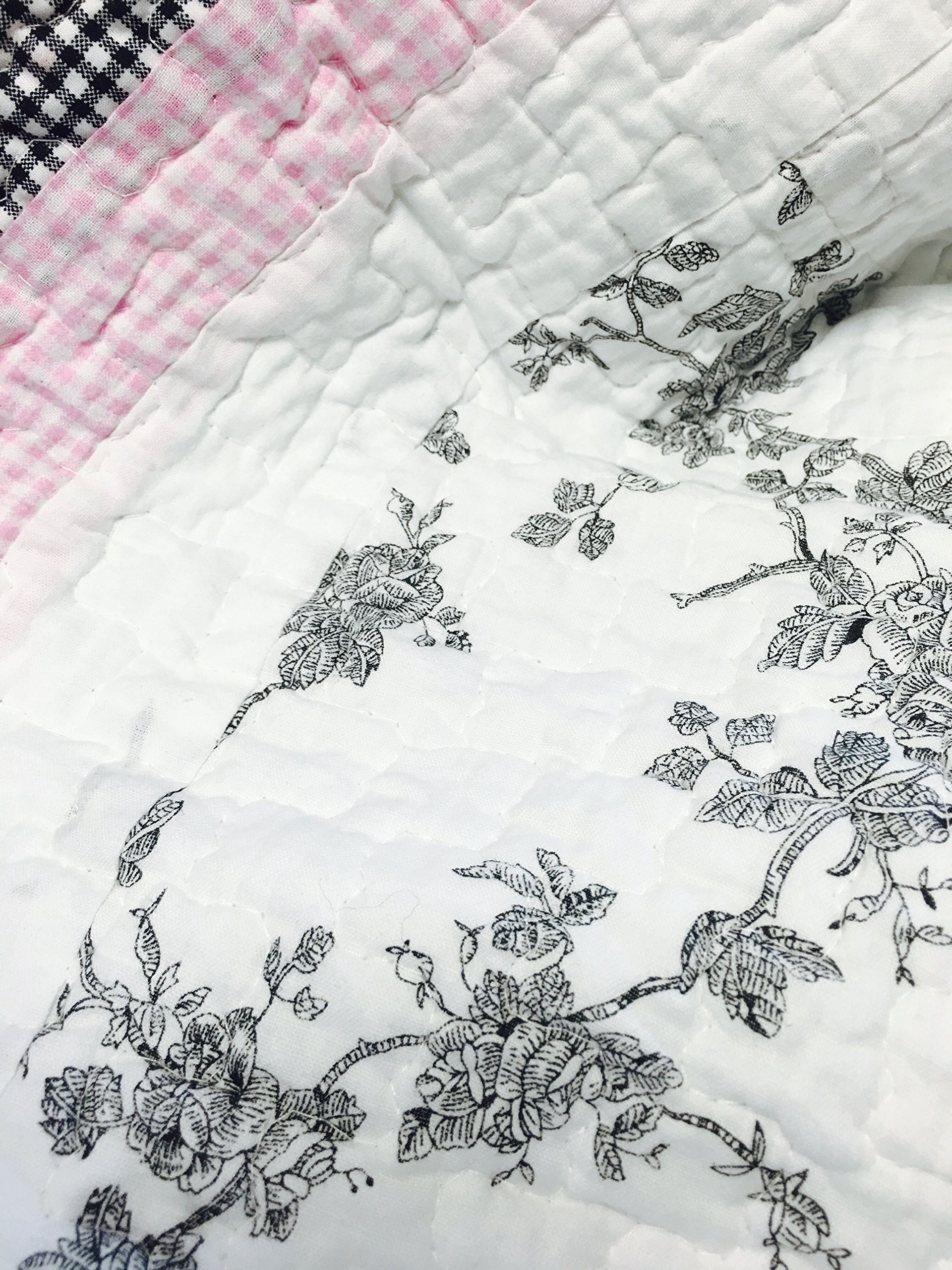 Cozy Line Home Fashions Scottie Pup Pink White Grey Dog Flower Pattern Printed Patchwork Cotton Bedding Quilt Set Coverlet Bedspreads(Grey/White, Queen - 3 Piece: 1 Quilt + 2 Standard Shams) by Cozy Line Home Fashions (Image #5)