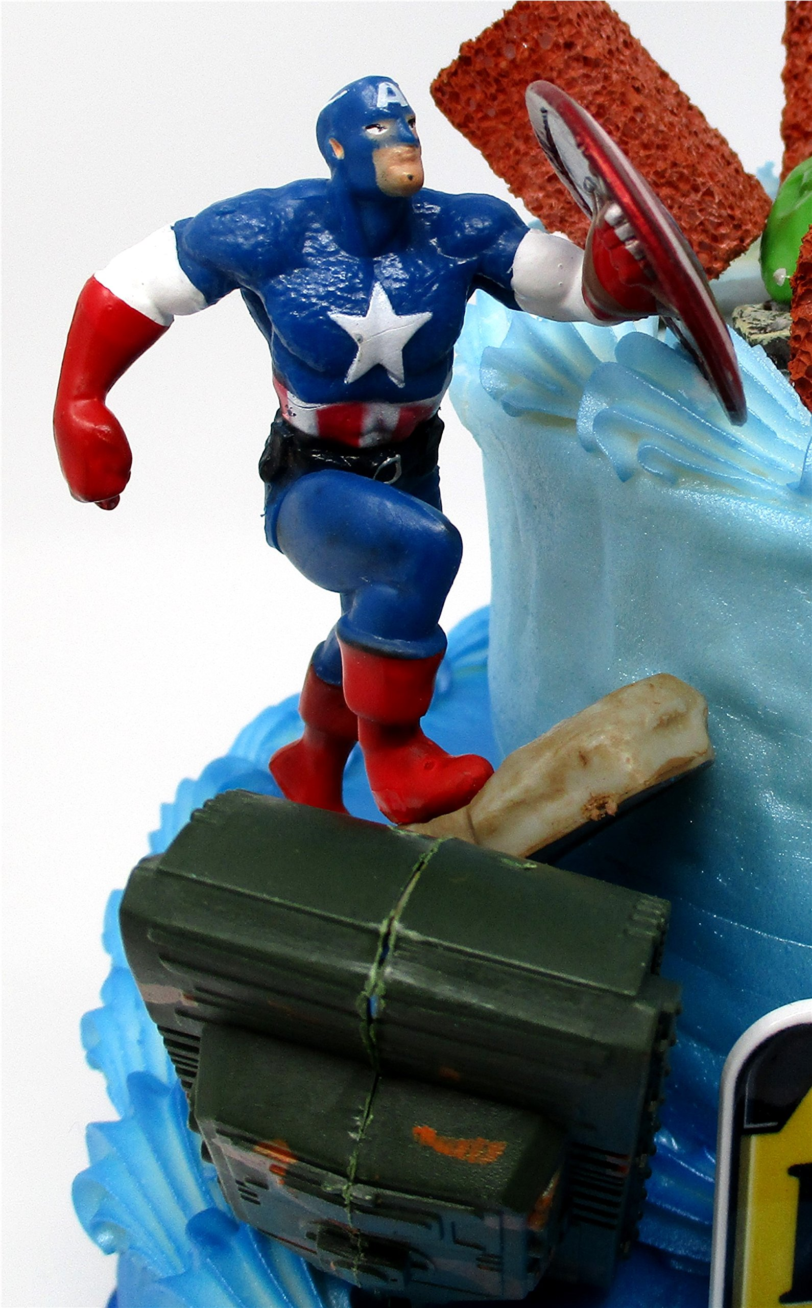 AVENGERS Deluxe Super Hero Birthday Cake Topper Set Featuring Avenger Figures and Decorative Themed Accessories by Cake Toppers (Image #6)