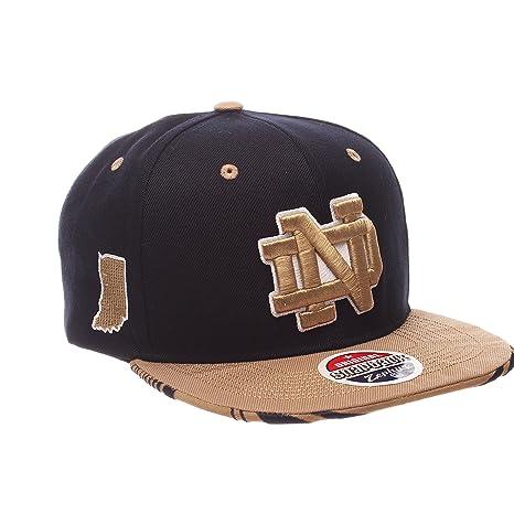 on sale ecc55 636c6 Amazon.com   Zephyr NCAA Notre Dame Fighting Irish Adult Men s Drop Step Snapback  Hat, Adjustable Size, Team Color   Sports   Outdoors